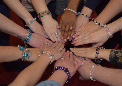 Fingers tips & bracelets